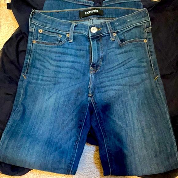 Express size 2 skinny jeans